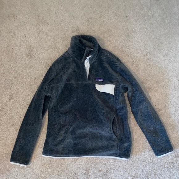 Patagonia Tops - Patagonia fleece pullover
